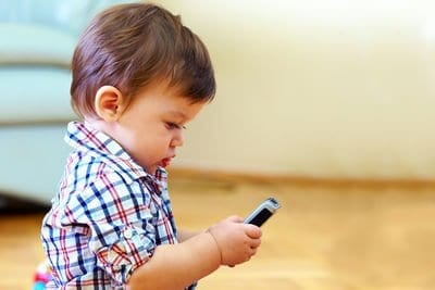 Is Giving a Child a Smart Phone Smart? Facts to Consider